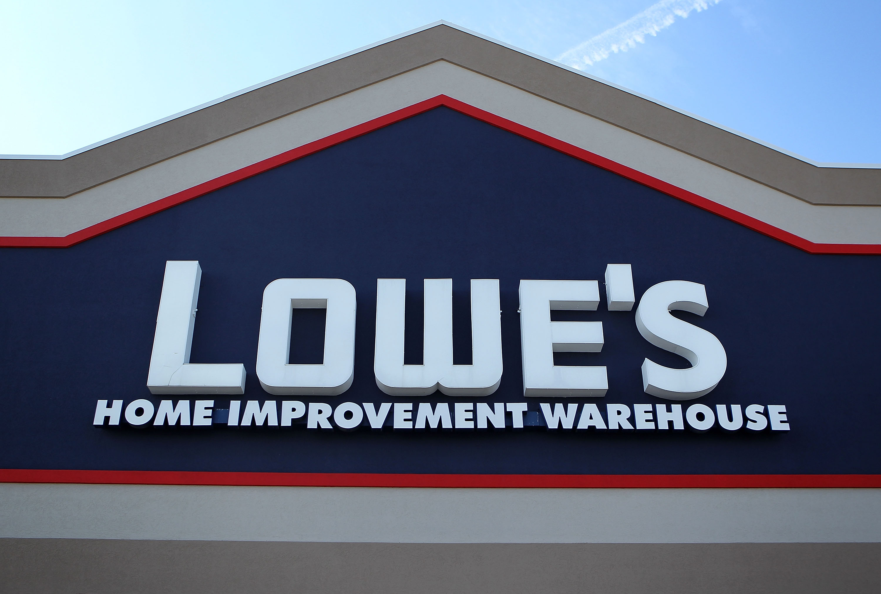 lowes hours christmas